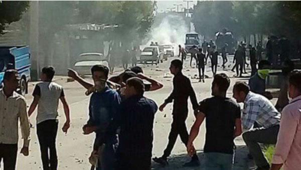 تظاهرات مردم لردگان
