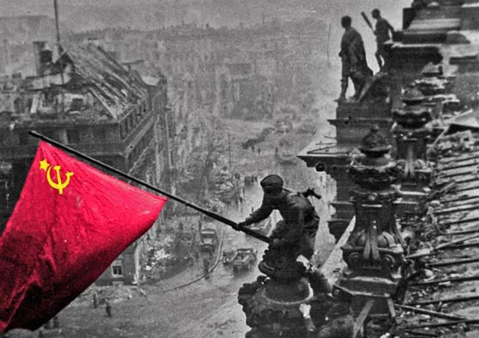فتح برلین توسط ارتش سرخ